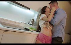 Vidéos Porno Amateur Que Baise Pour Dormir La Nuit Dans La Cuisine
